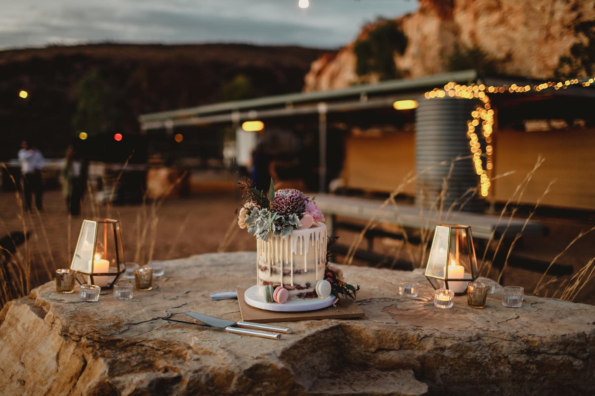 Alice springs wedding the quarry reception cake