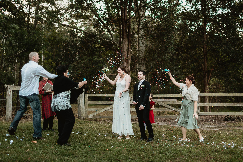 wedding confetti ideas and tips