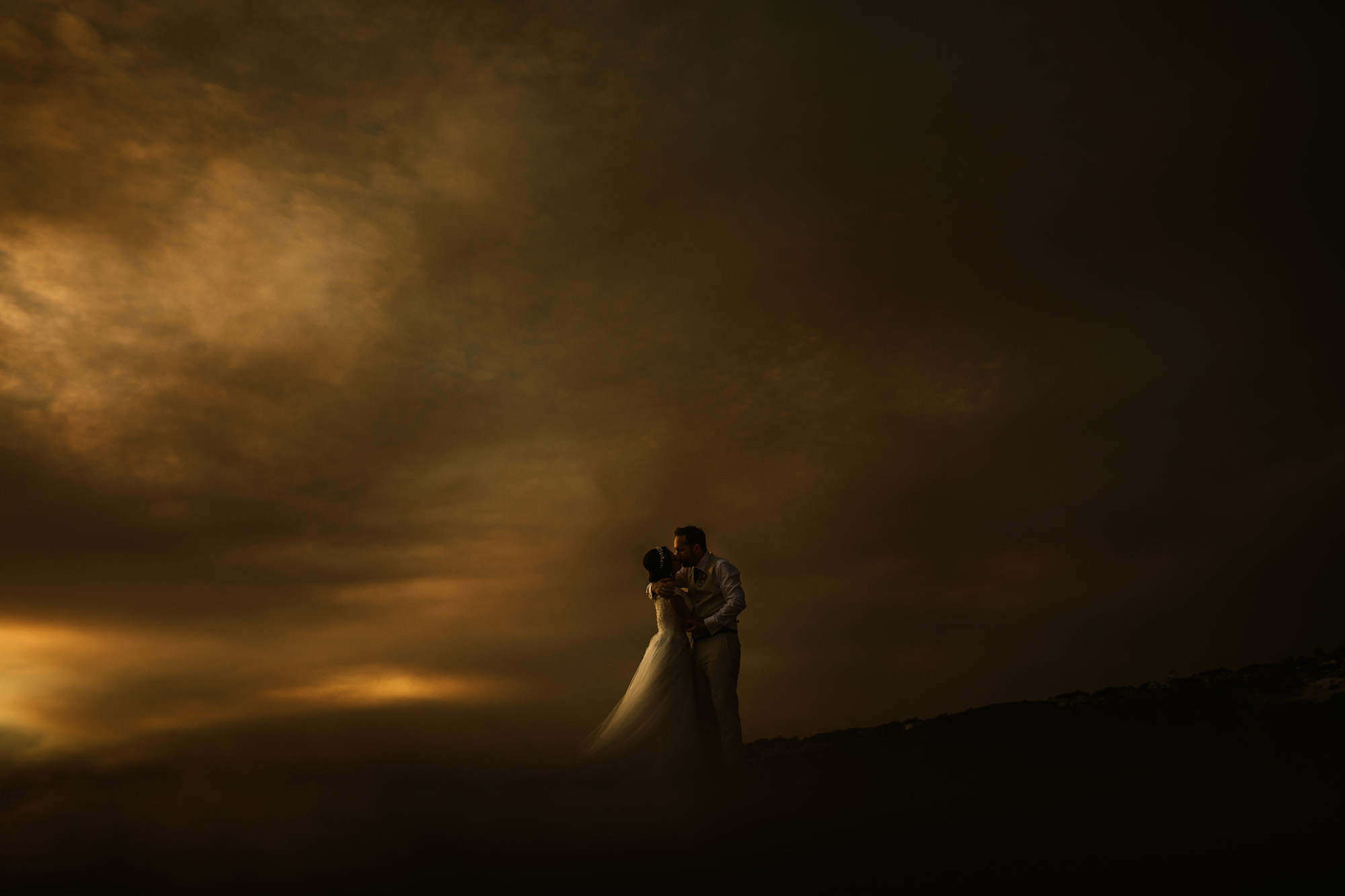 central coast wedding with bushfires